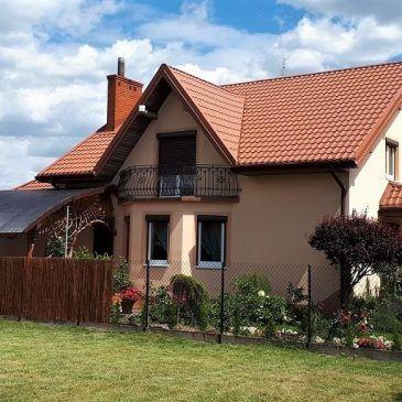 Czyszczenie dachu i komina z uciążliwych zabrudzeń sadzą
